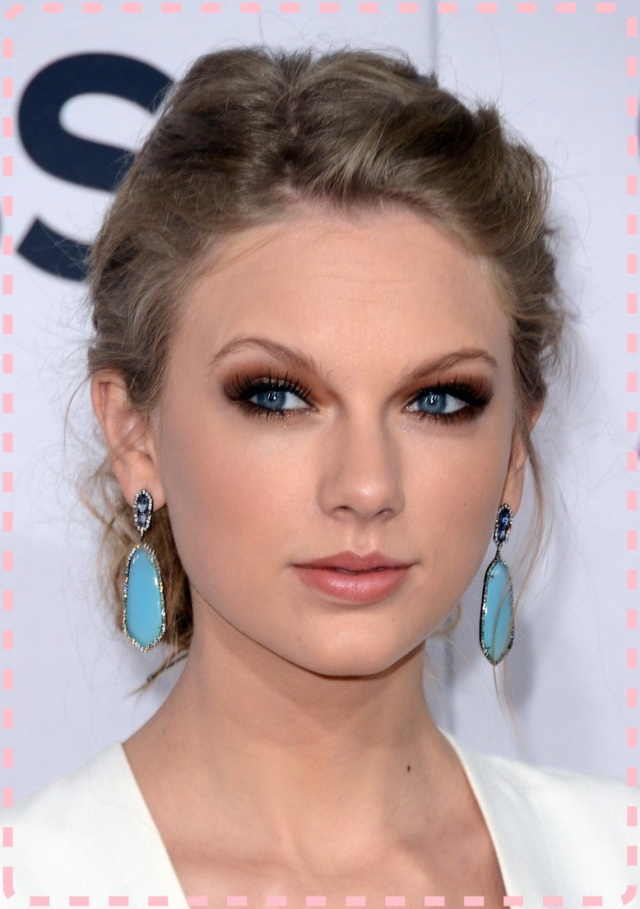 taylor-swift-peoples-choice-awards-2013-red-carpet-02