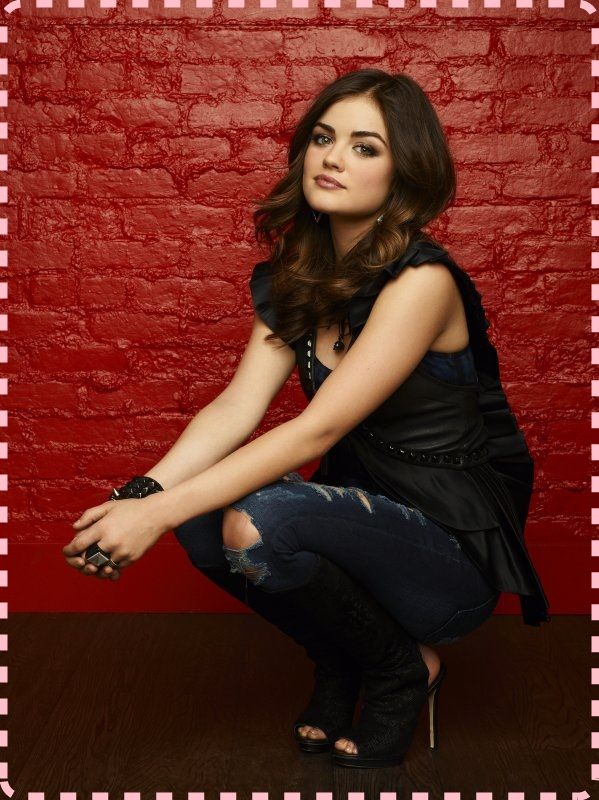 129524_0925r1_ful-lucy-hale-as-aria